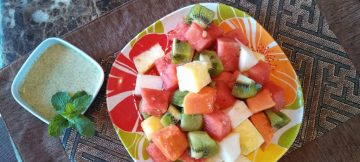 Cubed-Tropical-Fruit-Salad-1-1024x576.jpg
