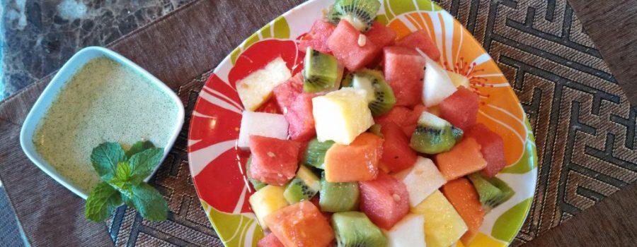 Cubed-Tropical-Fruit-Salad-1-1024x576.jpg